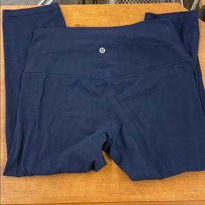 Lulu lemon align cropped leggings in size 10